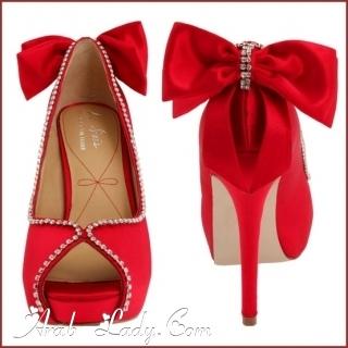 أحذيه كعب عالي باللون الأحمر المذهل