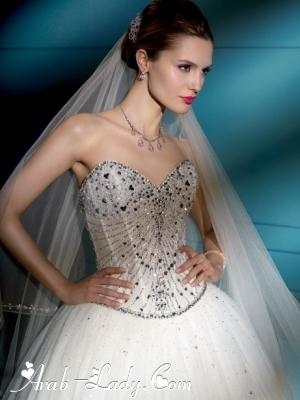 فسلتين زفاف من Pronovias Glamour لربيع وصيف 2013