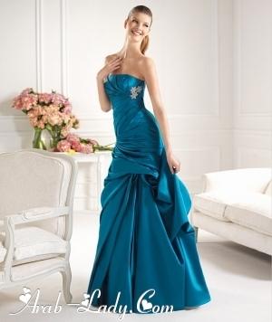 إزدادي تألقاً وجاذبيه بفساتين سهره باللون الأزرق