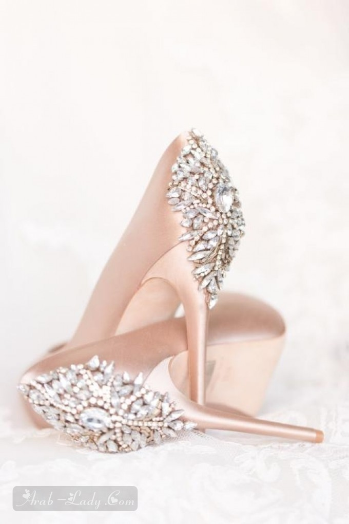 b96f0085b أجمل أحذية الكعب العالي للعروس قصيرة القامة - مجلة المرأة العربية